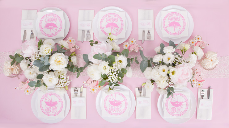 różowe dekoracje z wózeczkiem dla dziewczynki
