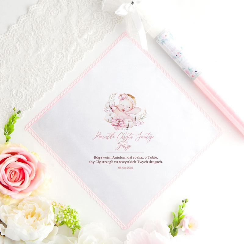 Chusteczka na Chrzest dziewczynki z imieniem i różowym akcentem