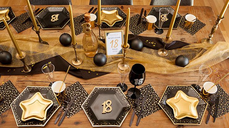 dekoracje na 18 urodziny złoto-czarne