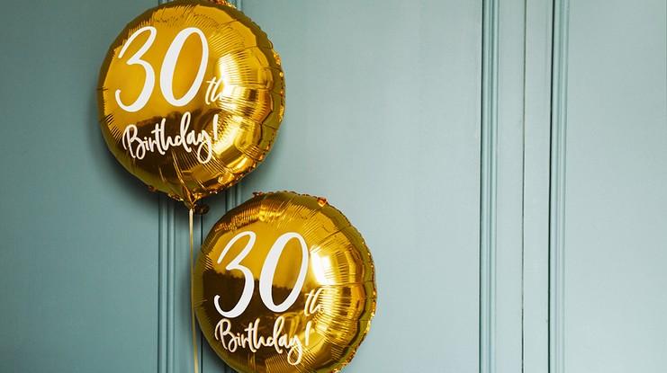 Balony na 30 urodziny modne wzory