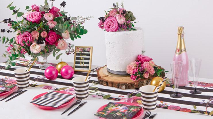 dekoracje na 18 urodziny kwiaty i paski