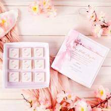 PODZIĘKOWANIE dla Chrzestnych Bombonierka z czekoladkami na Komunię Kwiat Wiśni Z IMIENIEM