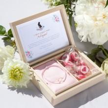 PREZENT dla Przyszłej Mamy w pudełku Zapach Piwonii BRANSOLETKA POZŁACANE SREBRO z sercem RÓŻOWA