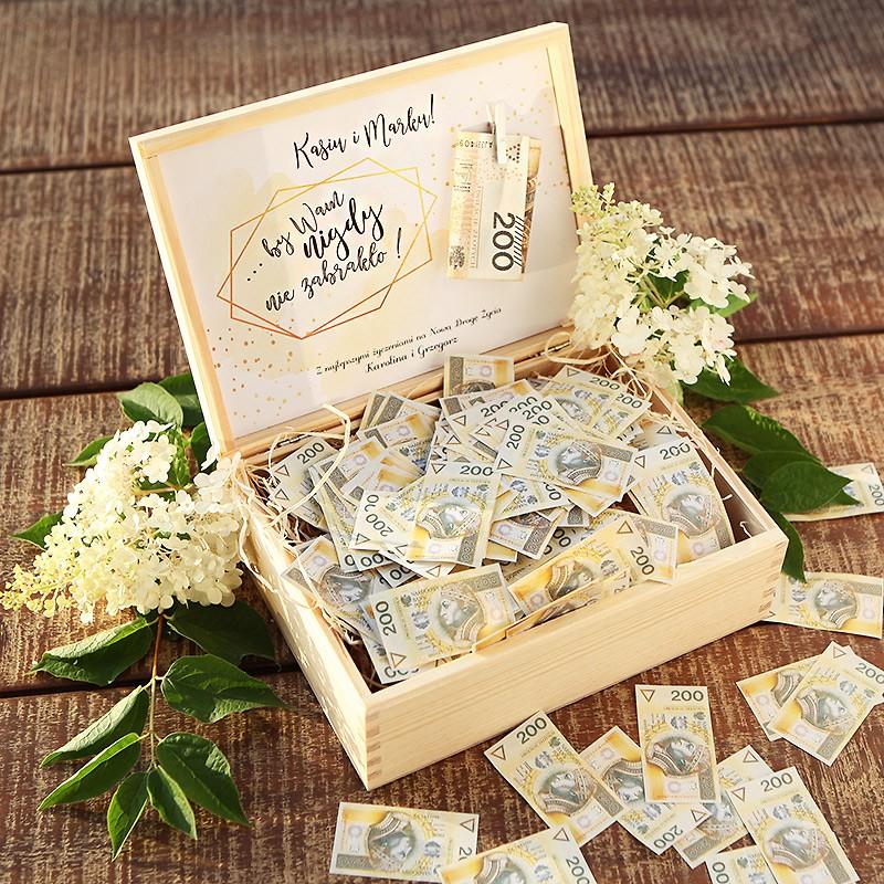 Prezent ślubny - skrzynia na pieniądze