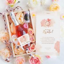 PREZENT na panieński Wino musujące w kwiatach Rosegold Luxury 750ml RÓŻOWY